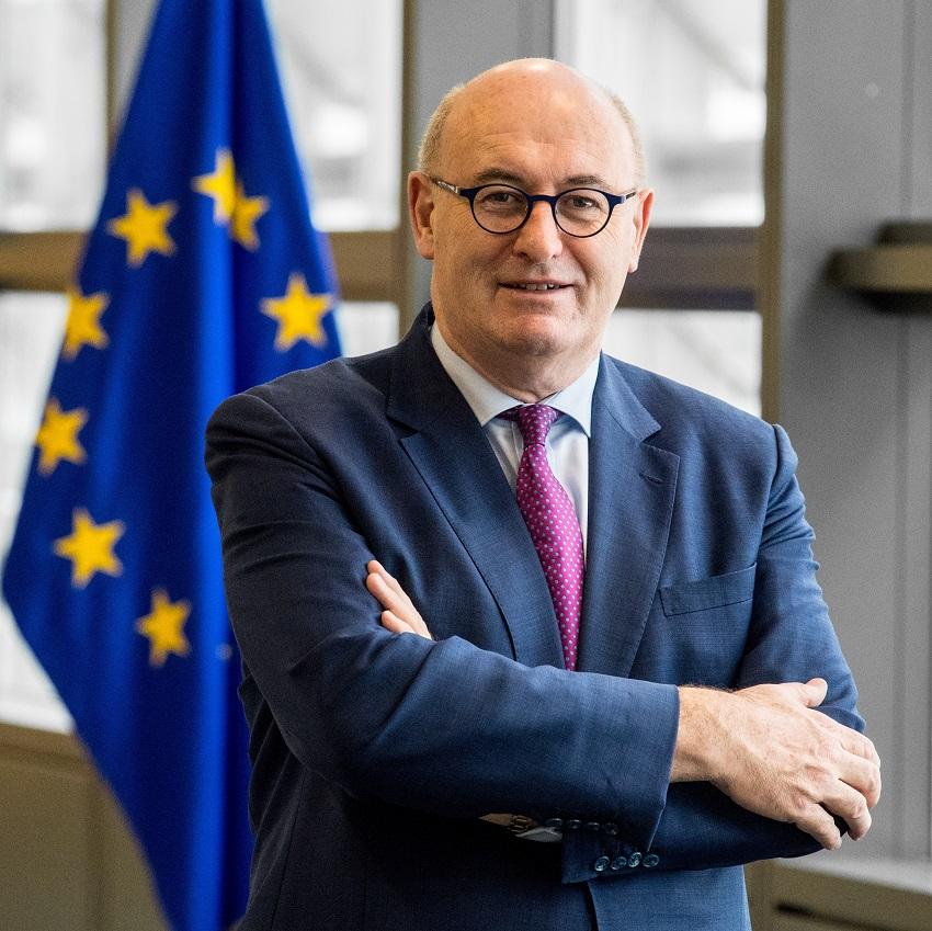 Former European Commissioner Phil Hogan Joins Astra Protocol's Board To Make DeFi Safer