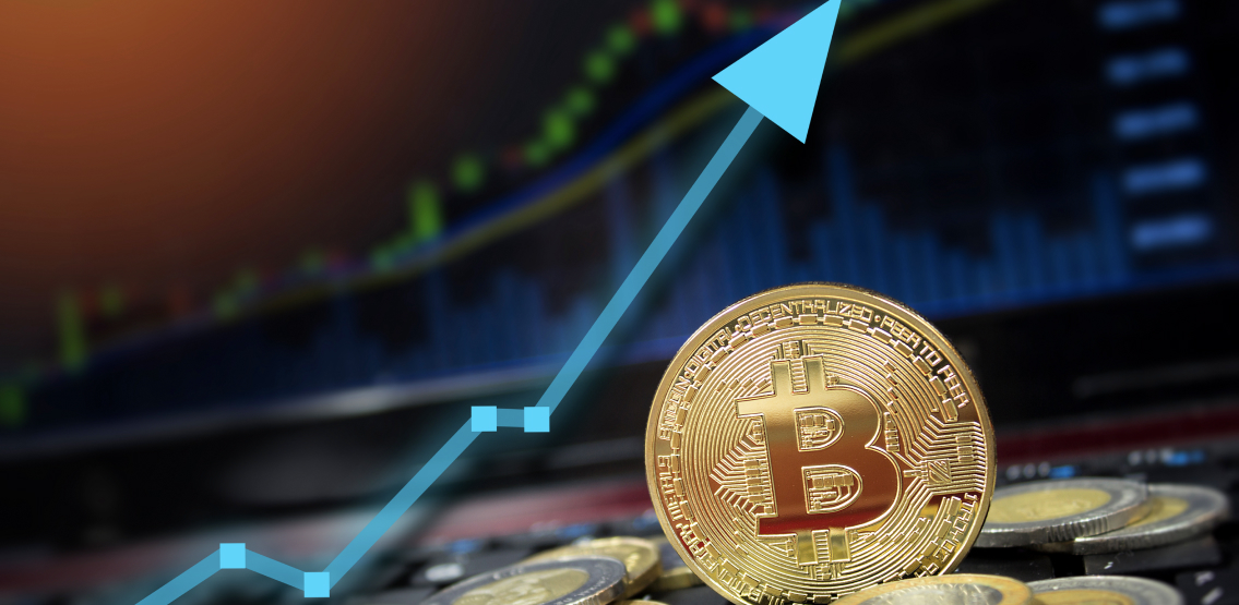 Bitcoin rallies – alts now off the leash