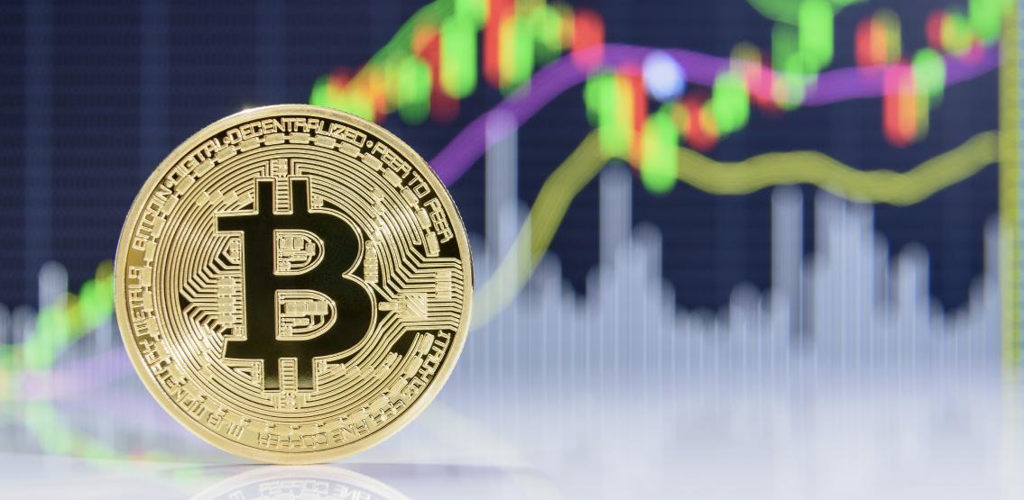 Bitcoin steps back up after a sudden dip