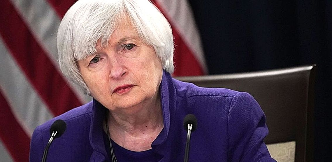 "Senator Elizabeth Warren Urges Treasury Secretary Janet Yellen To ""Act With Urgency"" Regarding Cryptocurrency regulation"