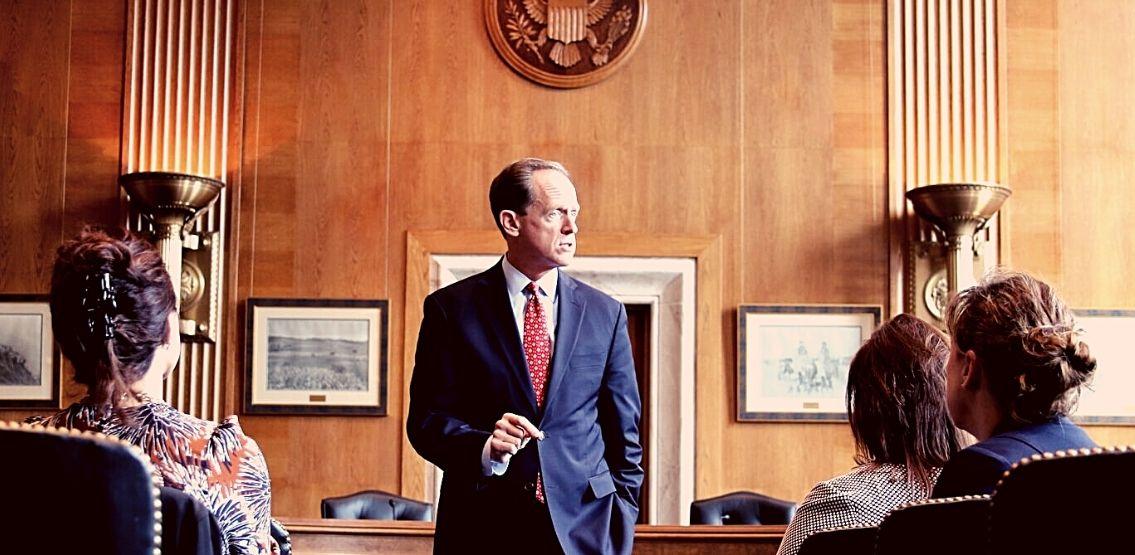 Senator Toomey Urges SEC For More Clarity Regarding Crypto