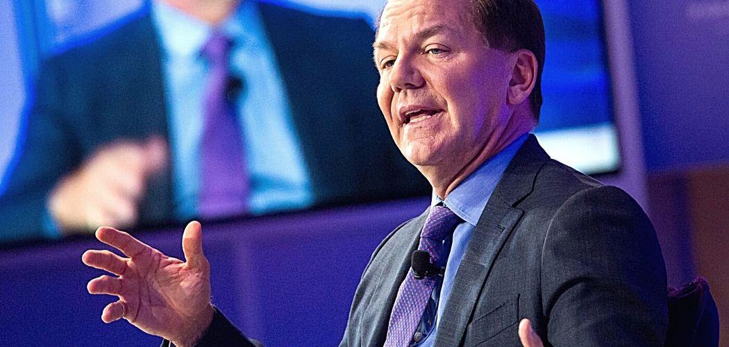 Billionaire Paul Tudor Jones Touts BTC As Superior Inflation Hedge Compared To Gold
