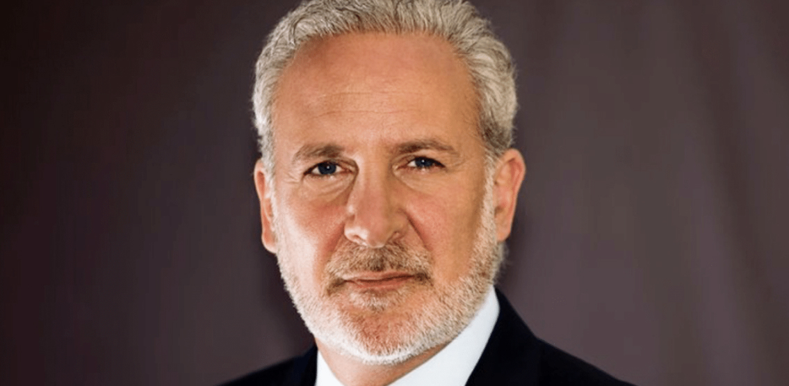 Peter Schiff takes advantage of the Bitcoin correction to put the boot in