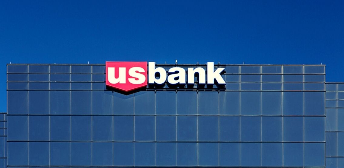 5th Largest US Bank To Offer Cryptocurrency Services